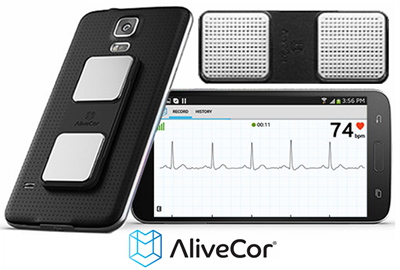AliveCor sensor with screen and smartphone 400 x 270 pix at 300 res